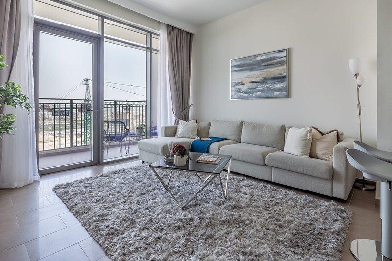 Exquisite 2BR Apartment in Dubai Hills, vacation rental in Hatta