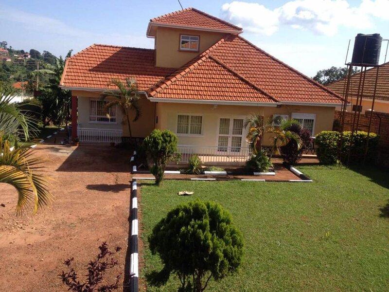 THE ALLENTOFT GUEST HOUSE, alquiler vacacional en Lulongo