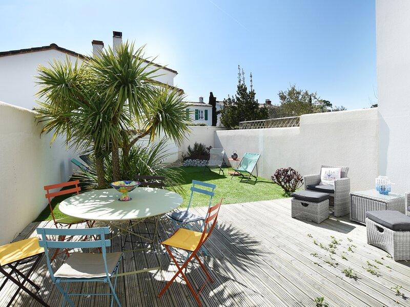 DOMAINE 4 - Maison pour 6 personnes Piscine à LA COUARDE SUR MER à proximité, holiday rental in Loix