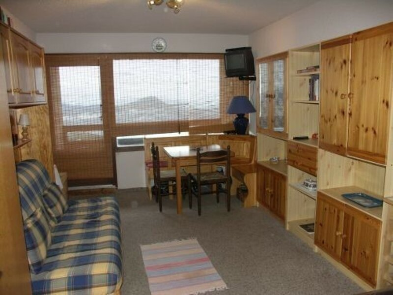 Studio 4/6 pl 6 couchages ST MICHEL DE CHAILLOL, holiday rental in Chabottes
