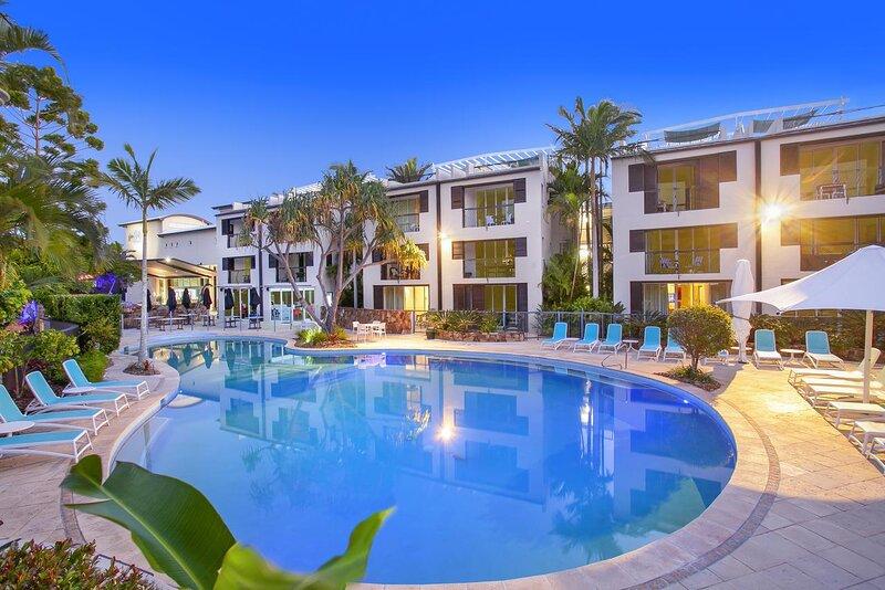 Luxury Noosa Blue Resort on Noosa Heads Hill, holiday rental in Noosa Heads