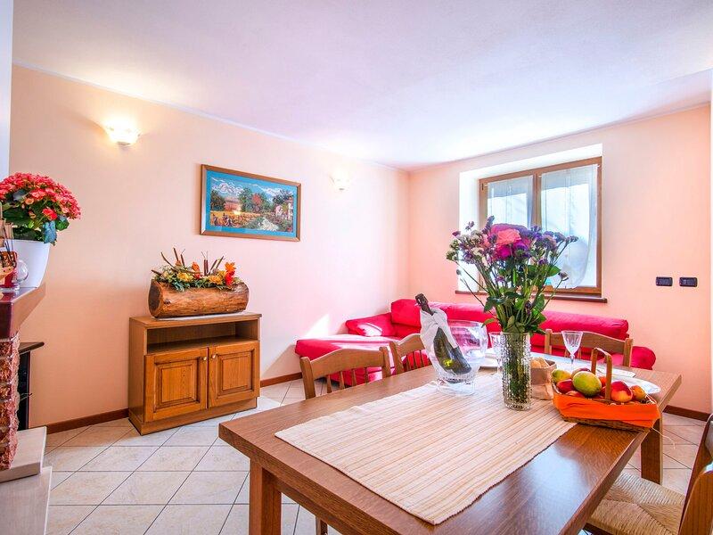 Martino (DMA321), vacation rental in Vercana