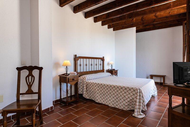 Casa Rural Del Río - Altabaca - Alozaina Sierra de Las Nieves, alquiler de vacaciones en Tolox