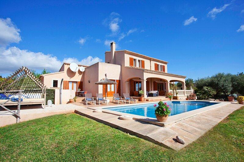 Can Marines, con vistas al mar, wifi, piscina cerca de cala d'Or, holiday rental in Calonge