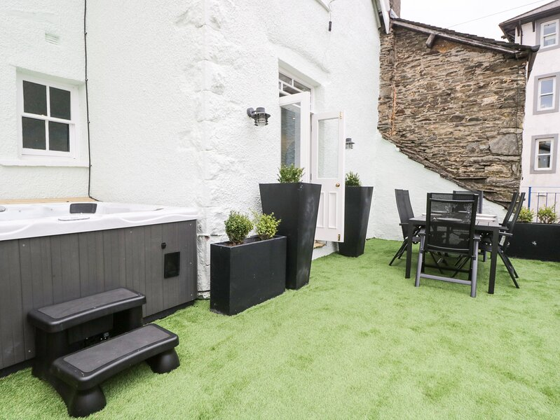 Bank Chambers, Bowness-On-Windermere, holiday rental in Bowness-on-Windermere