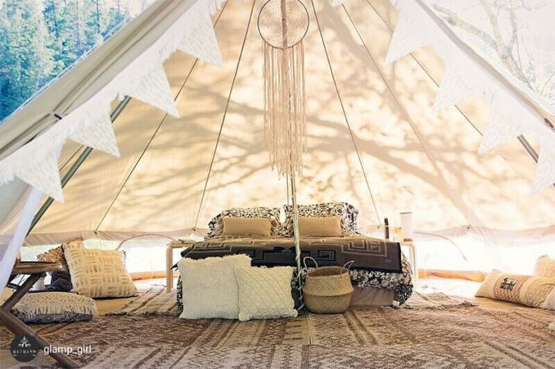 Lovely 2 person riverside glamping  bell tent, holiday rental in Lhomme