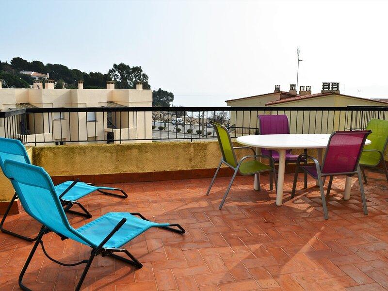 GRIFEU 1 Fantastic apartment with terrace!, aluguéis de temporada em Llanca