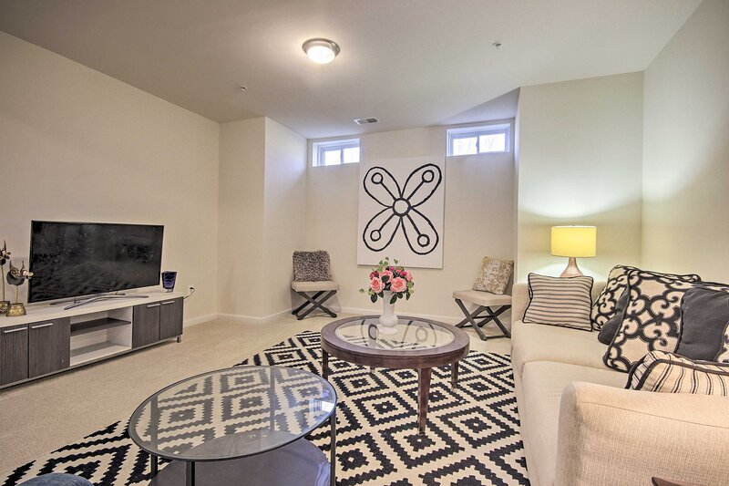 NEW! Relaxing Apartment: 23 Mi to National Mall!, holiday rental in Upper Marlboro