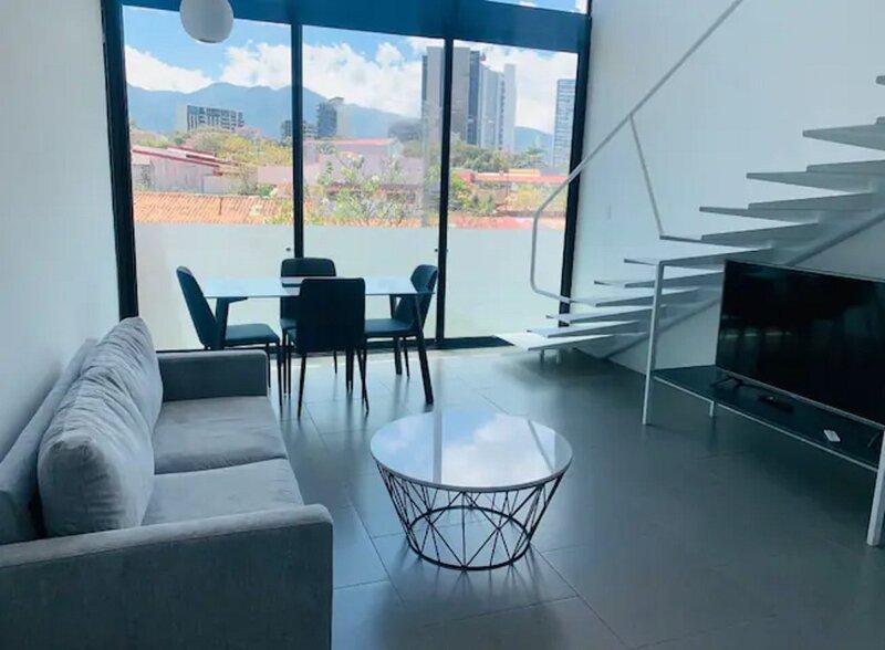 Rhormoser Modern Loft Close to National Stadium, aluguéis de temporada em Santo Domingo de Heredia