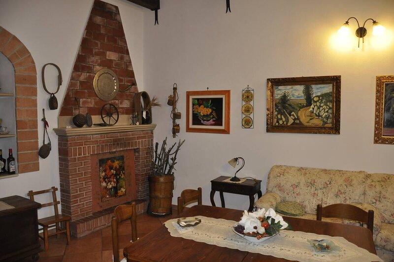 Basilicata Host to Host - Storia, mare e relax - la casa che cercate -, holiday rental in Pomarico