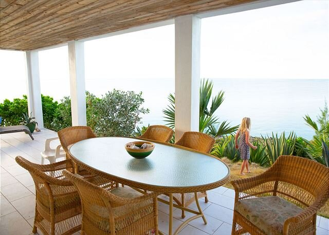 New Luxury Oceanfront 3BR Home with Sunset Views, vacation rental in Gregory Town