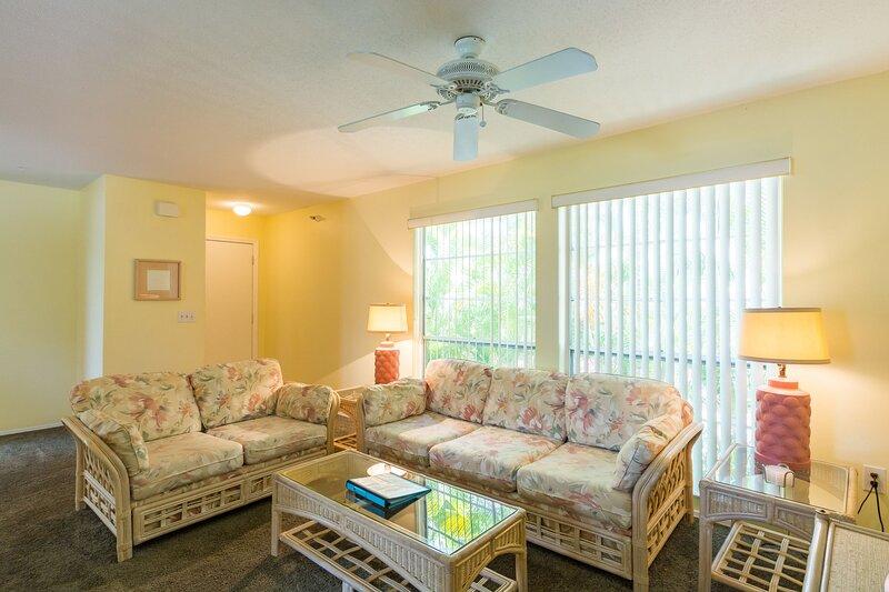 #3-A *Beach*Pool*Lemon Pool*Dock*Wi-Fi*Turtle Bay Condos, alquiler vacacional en Manasota Key
