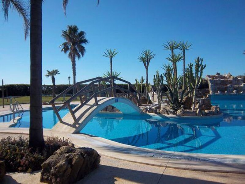 Apartment - 3 Bedrooms with Pool - 109267, holiday rental in Bolonia