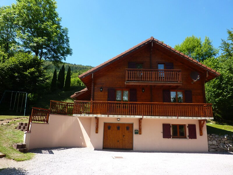 CHALET LES CHENES, vacation rental in Ramonchamp