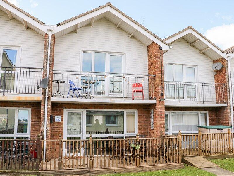 Villa 109, Corton, holiday rental in Corton
