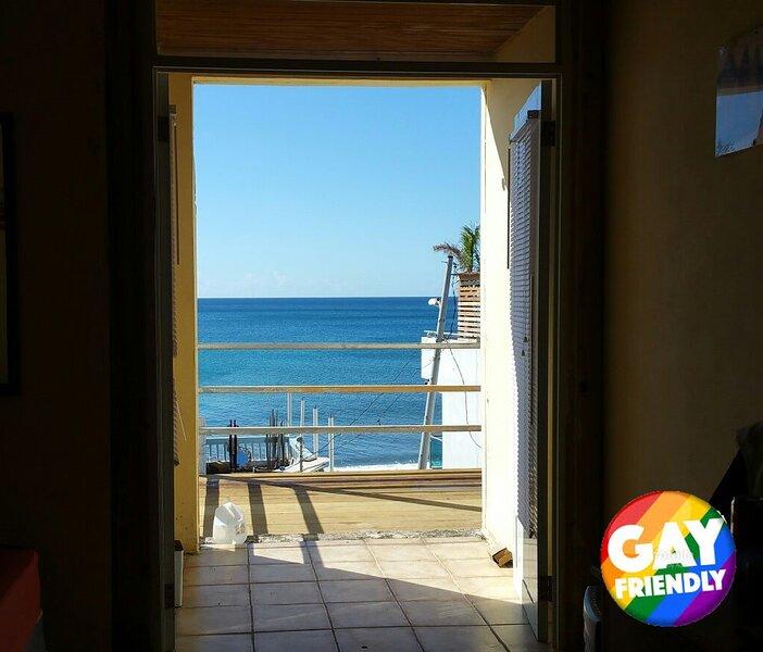 Casa de Playa Aguadilla A-1 (Aguadilla Beach House), holiday rental in Aguadilla