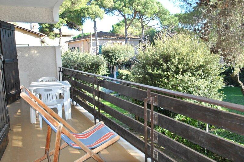 Fattoria nel Parco - F3 - BILOCALE TIPO D, holiday rental in Rosignano Solvay