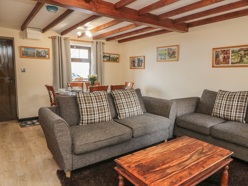 The Pig Sty, Whitby, holiday rental in Aislaby