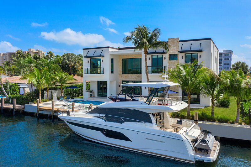Brand New Modern Mansion, Waterfront, 6 Suites #3, casa vacanza a Oakland Park