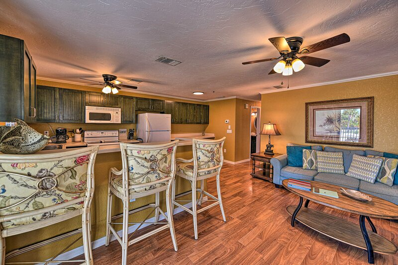 Sarasota Vacation Rental | 2BR | 2BA | 1,200 Sq Ft | Stairs Required