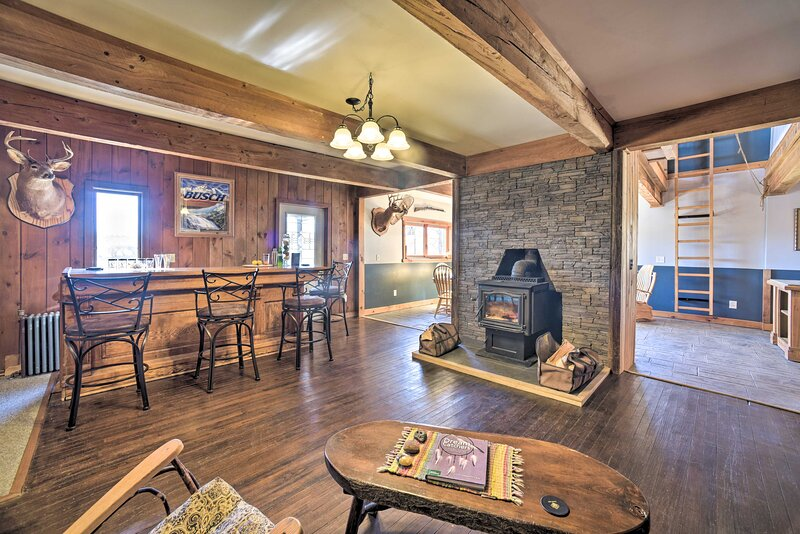 NEW! Country Escape w/ Sauna, 10 Mi to Cooperstown, holiday rental in Richfield Springs
