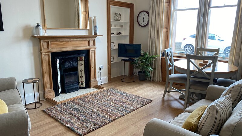 Breakwater Apartment  (formally Aviemore), holiday rental in North Berwick