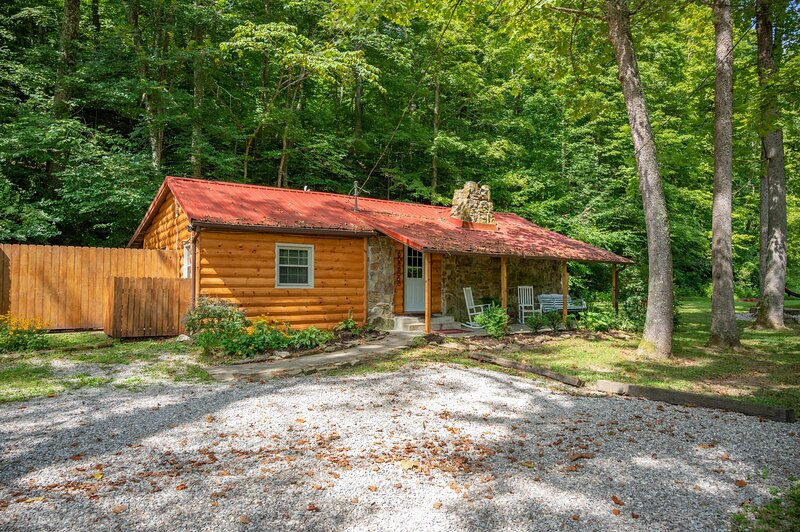 A Butterstone Cottage, holiday rental in Columbus