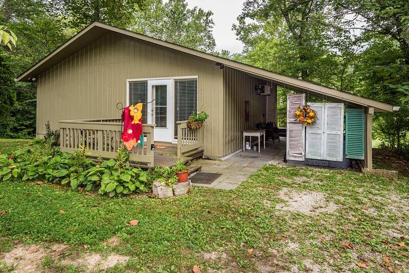 Crawdad Creek Cottage, holiday rental in Unionville