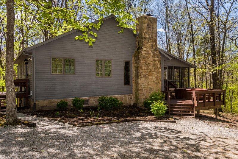 Elm Lodge Vacation Cabin, location de vacances à Nashville