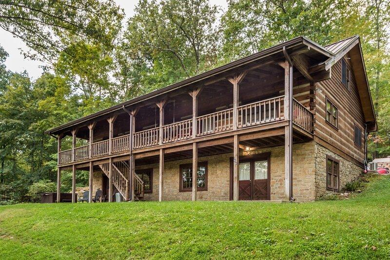 Oak Ridge Vacation Log Cabin, location de vacances à Nashville