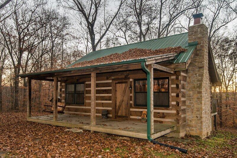 Red Cedar Vacation  Log Cabin, location de vacances à Nashville