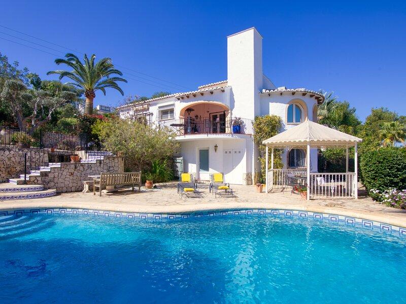 Villa Los Murales, vacation rental in El Tosalet