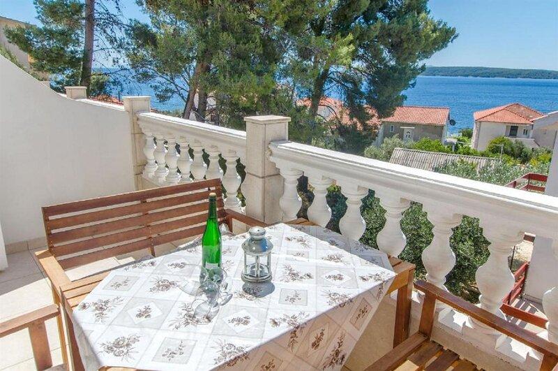 Ljilja - 150 m from beach: A2(3) - Zavala, holiday rental in Zavala