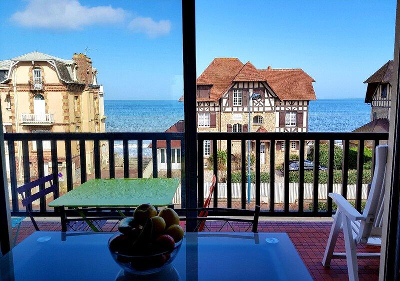 Manon's Studio - Sublime vue mer, holiday rental in Villers-sur-Mer