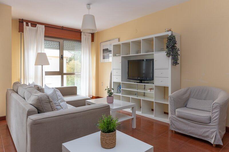 PISO TIPO DUPLEX EN LA PLAYA, vacation rental in San Vicente de la Barquera