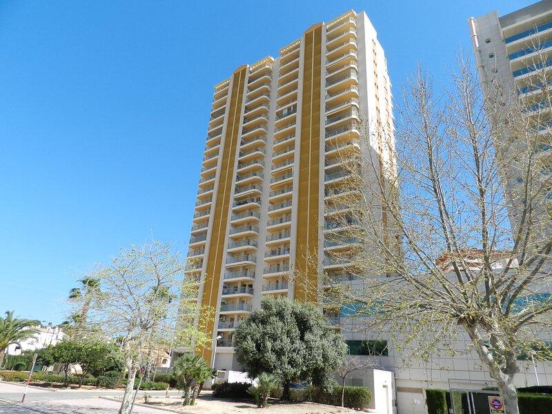 Apartamento Ambar Beach, holiday rental in La Llobella