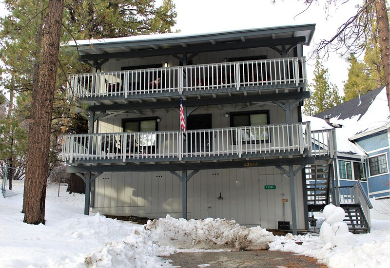Snow covered Big Bear Cool Cabins, Escape to Bearadise front