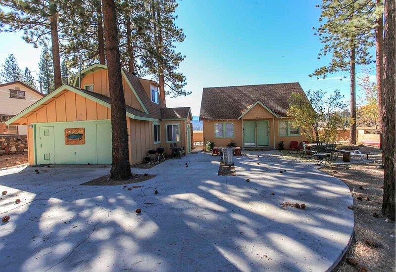 Lakeside Cabin 10, alquiler de vacaciones en Fawnskin