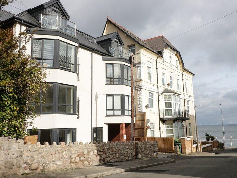 Beach House, Colwyn Bay, casa vacanza a Colwyn Bay