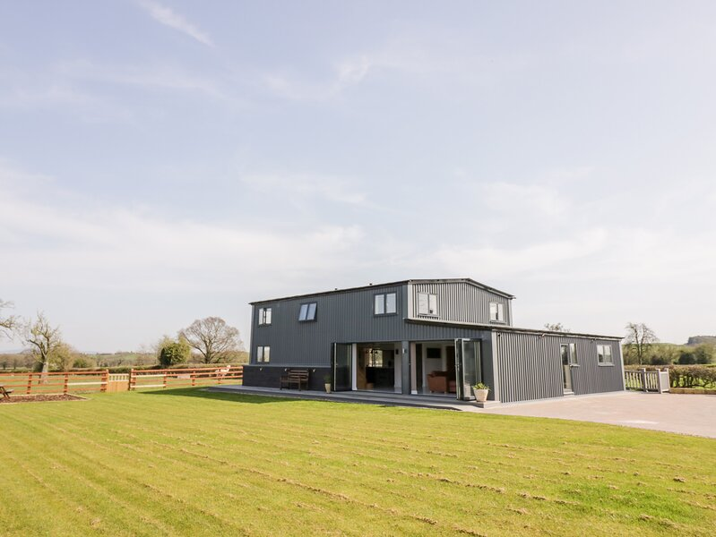 Phoenix House, Castlemorton, holiday rental in Uckinghall