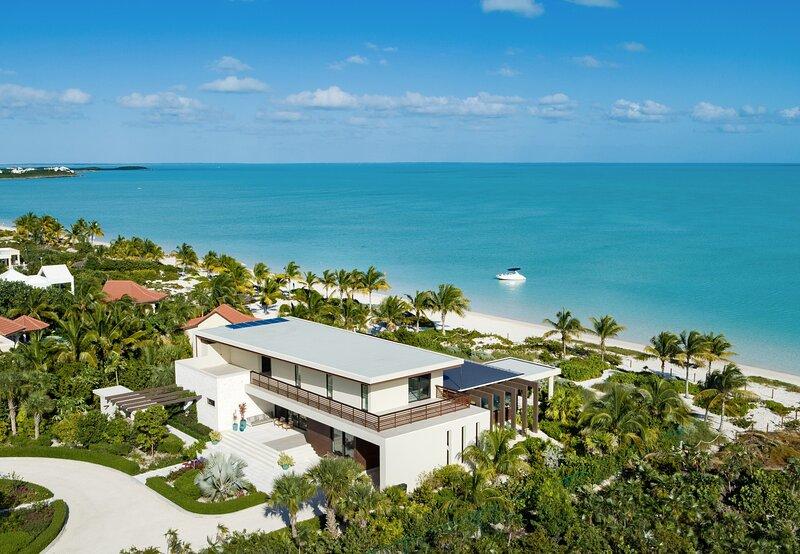 Casa Tremer - Beachfront Villa, casa vacanza a Long Bay Beach
