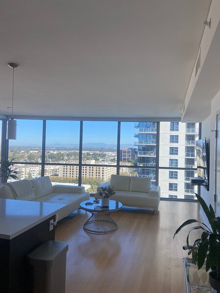 Luxury High Rise, holiday rental in Tustin