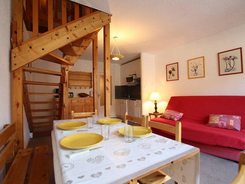 Appartement duplex 2 pièces 6 personnes. Serres-chevalier,chantemerle., holiday rental in Chantemerle