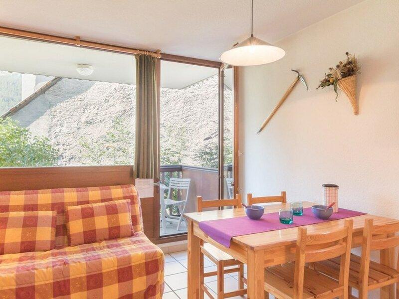 Appartement 2 pièces 4 couchages LE MONETIER LES BAINS, location de vacances à Le Monetier-les-Bains