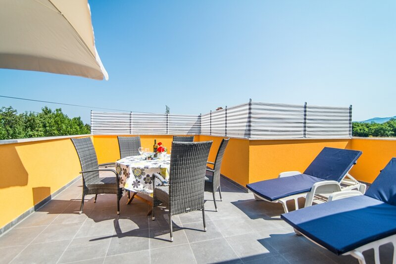 Apartment 580-2 for 4 Pers. in Nedescina, holiday rental in Nedescina