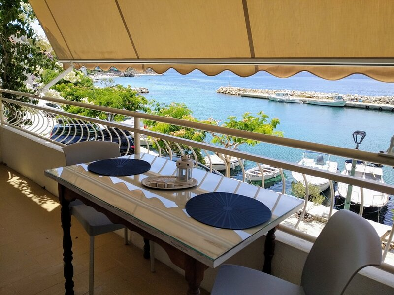 Apartment 3586-1 for 4 Pers. in Drašnice, holiday rental in Drasnice
