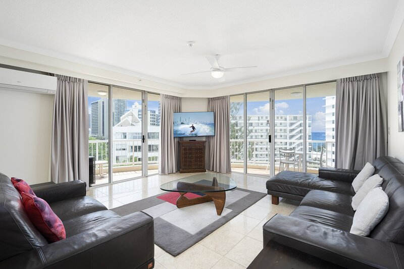 HRSP Moroccan Apt 224 - Beachfront Family Holiday Haven, holiday rental in Miami