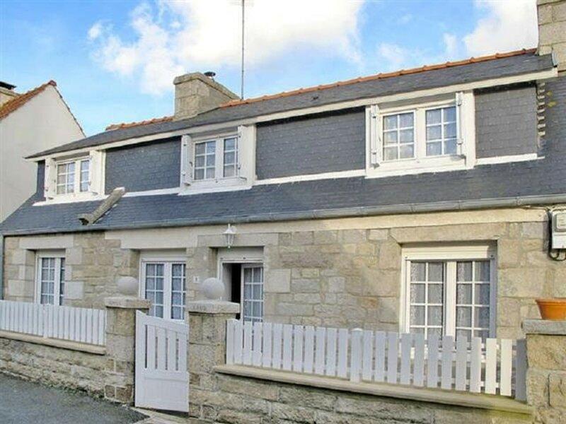 RUN LOSQUET Maison typique à Ile Grande sur la Côte de Granit Rose, alquiler vacacional en Trebeurden