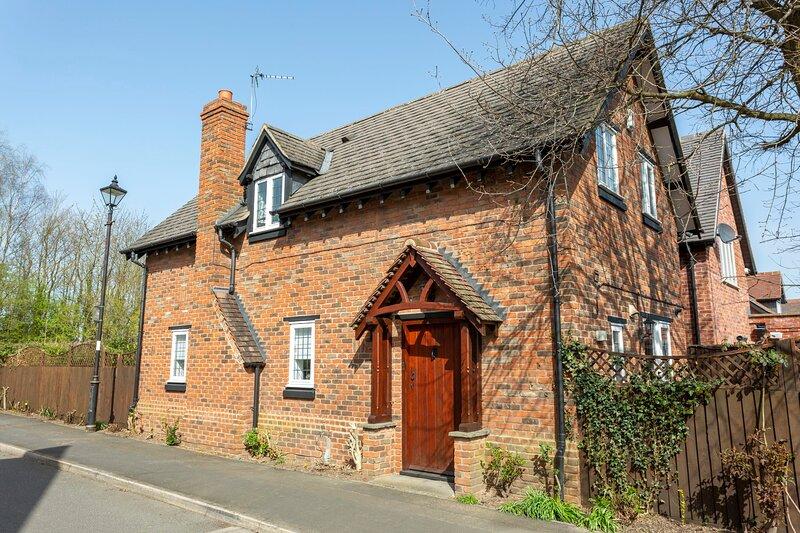 Charming Corner Cottage in Quorn, location de vacances à Kegworth