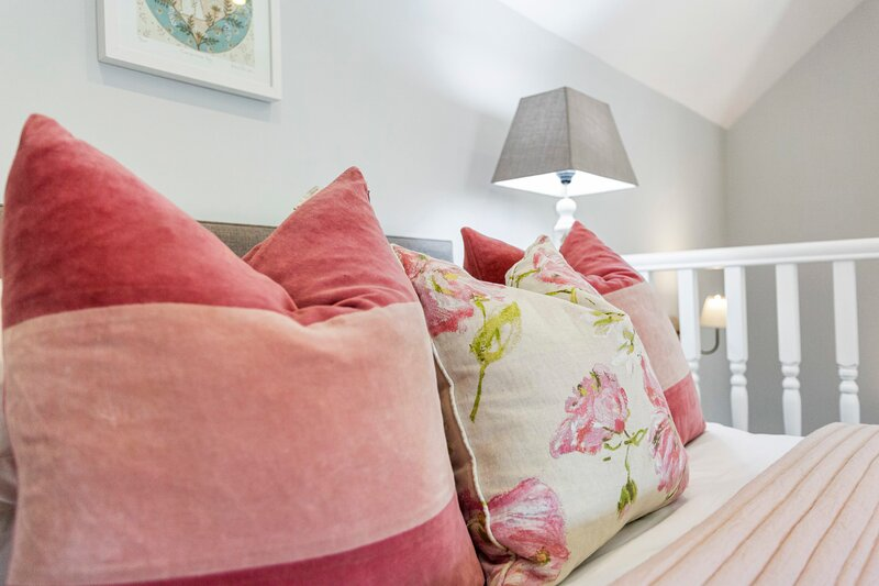 Adorable Acorn Cottage at The Royal Oak, holiday rental in Woodhouse Eaves